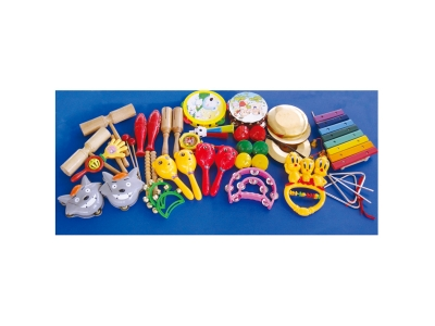 28 percussion instruments (with xylophone)